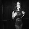 Klippremier: Jessica Lowndes - Silicone In Stereo