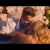 Klippremier: Justin Bieber virágok között ölelgeti Hailey Baldwint