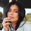 Kylie Jenner anya lett