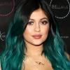 Kylie Jenner póthaj-kollekciót dob piacra