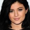 Kylie Jenner unja a szájáról való találgatásokat
