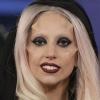Lady Gaga arcszarvacskákkal sokkolt