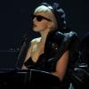 Lady Gaga Ferrero Rocher-nak öltözött