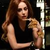 Lady Gaga is a színpadon dobta ki a taccsot