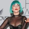 Lady Gaga marihuánát szívott a színpadon