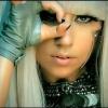 Lady Gaga szellemirtásra költ