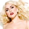 Lady Gaga tarol új dalával