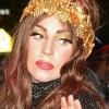 Lady Gaga tetoválást varratott haja helyére