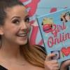 Lehullott a lepel Zoella új könyvének címéről és borítójáról