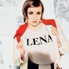 Lena Dunham kiakadt photoshoppolt fényképe láttán
