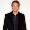 Lencsevégrekapták Jenson Buttont és aktuális barátnőjét