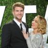 Liam Hemsworth nyilvánosságra hozta, hogy a felesége felvette az ő vezetéknevét