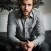 Liam Hemsworthnek nem fekszenek a szexjelenetek
