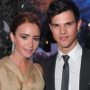 Lily Collins és Taylor Lautner randizgatnak?