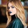 Lucy Hale smink nélkül is gyönyörű
