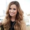 Meglepte rajongóit karácsony alkalmából Demi Lovato