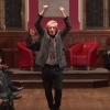 Így énekli Ian McKellen, Morgan Freeman és PSY a Shake It Offot