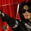 Megrongálták Michael Jackson síremlékét!