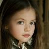 Megszületett a döntés Renesmee Cullenről