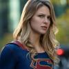 Melissa Benoist várandóssága miatt később folytatódik a Supergirl