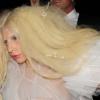 Melleit mutogatta az utcán Lady Gaga