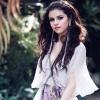Méregdrága kúriát vásárolt Selena Gomez