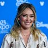 Merész döntés! Hilary Duff kékre festette haját