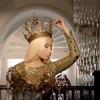 Merészebb, mint valaha! Bemutatta meztelenkedős albumborítóját Nicki Minaj