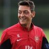 Mesut Özil: friss csapatváltás és házasság