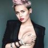 Miley Cyrus pucérra vetkőzött