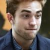 Mi történt Robert Pattinson fogaival?