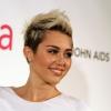 Miley a csúcsra tör