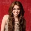Miley Cyrus Ashton Kutcher régi ismerőseként tér vissza