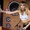 """Miley Cyrus férfira """"éhezik"""""""