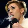 Milliók előtt, élő adásban füvezett Miley Cyrus