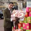 Mr Bean uralkodókhoz méltó születésnapi akcióval ünnepelte 25 éves évfordulóját