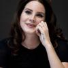 Nagyon úgy tűnik, hogy Lana Del Rey menyasszony lett