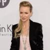 Naomi Wattsszal is elbánt a fehér púder