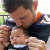 Nick Lachey reméli, hogy a kisfiából sportoló lesz