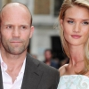 Jason Statham és Rosie nyáron esküsznek