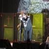 Ozzy Osbourne teljes erőbedobással dolgozik