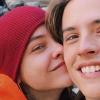 Palvin Barbi pasija, Dylan Sprouse magyarul énekel: videó!