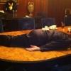 Plankingmánia a Playboy villában