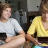 Pokémont reklámoznak a 18 éves sztárok