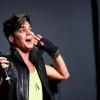Rajongó ugrott fel Adam Lamberthöz
