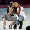 Rajongóik azt szeretnék, ha Miley Cyrus és Ariana Grande összeállna egy duett erejéig