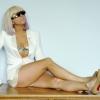 Rajongók választják ki Gaga szobrának ruháját