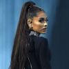 Rasszista megnyilvánulása miatt kirúgta háttértáncosát Ariana Grande