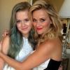 Reese Witherspoon tinédzser lánya két lábbal áll a földön