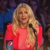 Rémületében összeesett Britney Spears – videó